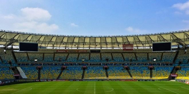 """Les clubs de football Chinois doivent arrêter de """"brûler l'argent""""."""