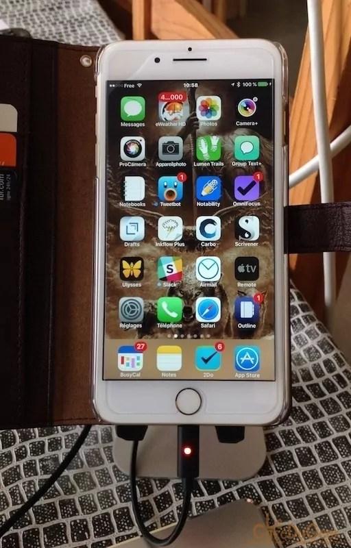 câble USB-lightning avec indicateur de chargement LED