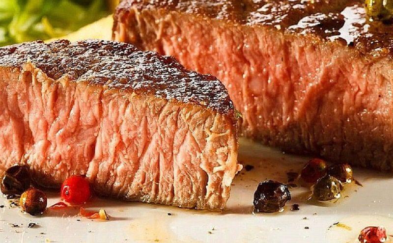 Carne asada a la pimienta con salsa | receta | gastronomía | le chat magazine | revista digital