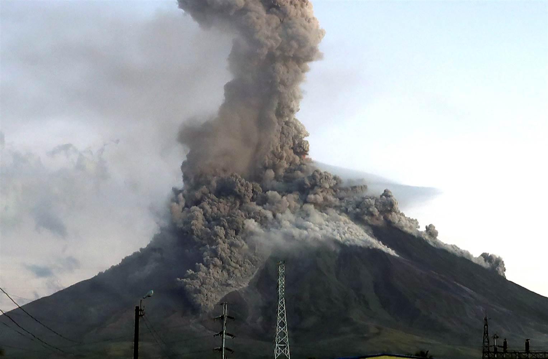 Le Chaudron De Vulcain February 1 En Mayon