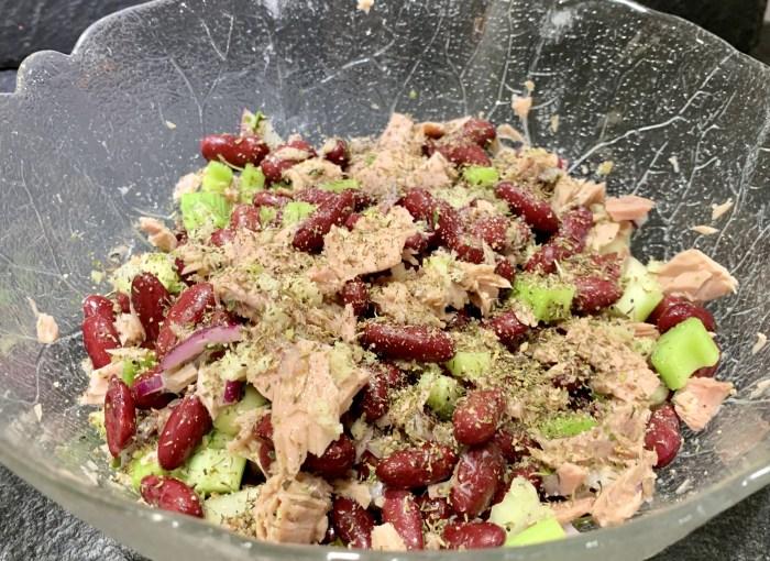 Bohnen-Sellerie-Thunfisch-Salat
