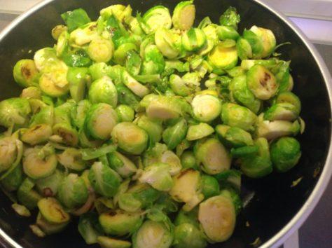 Gebratenes Rosenkohl Gemüse