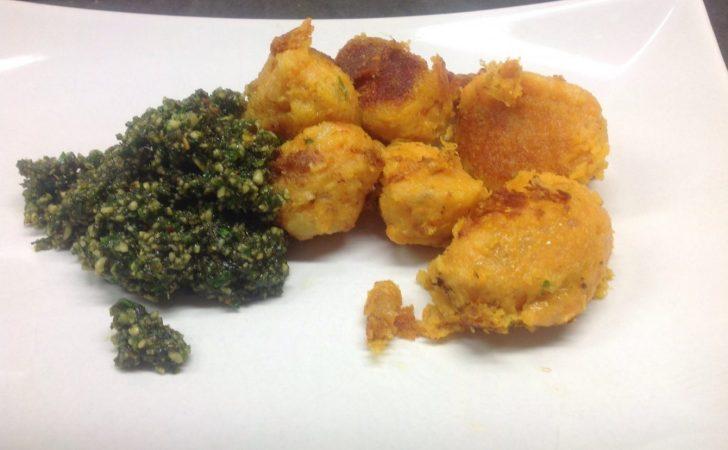 Süßkartoffel Gnocchi mit Kürbiskernpesto