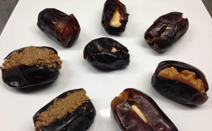 Dattelkonfekt mit Nüssen und Nusspasten