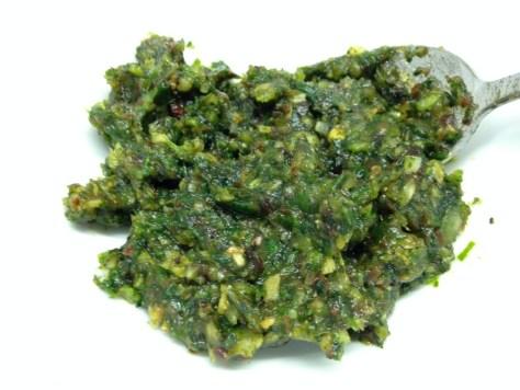 Dattel Koriander Pesto