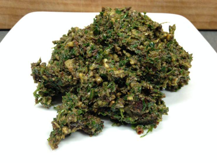 Haselnuss Oliven Gremolata