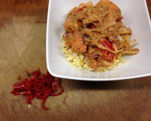 Afrikanischer Kürbis Eintopf mit Erdnuss und Chili