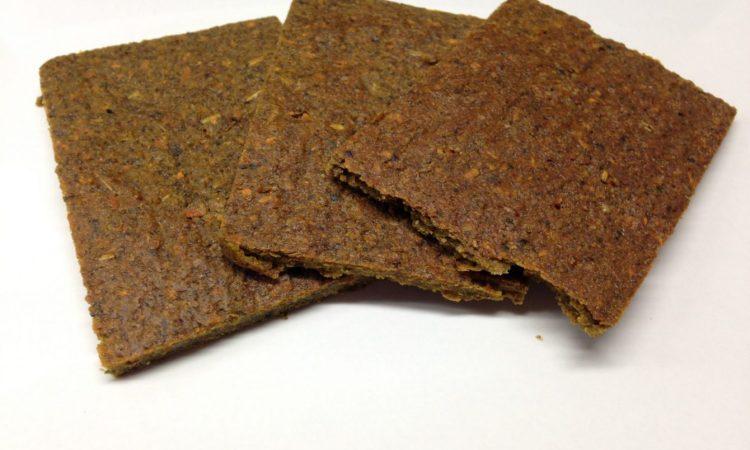 Rohkost Brot mit Chia, Buchweizen und Kürbiskernen