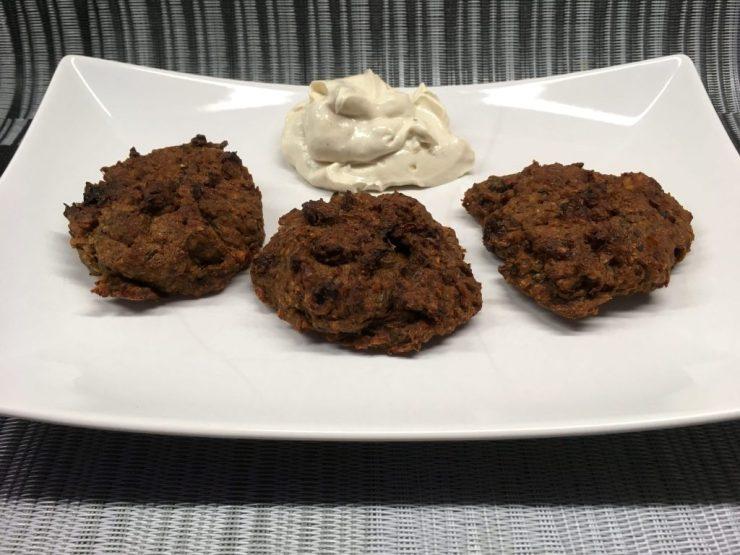 Linsen Burger mit Rosinen und Zwiebeln