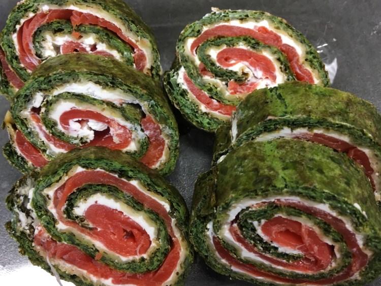 Gourmet Spinat-Lachs-Rolle mit Ziegenkäse