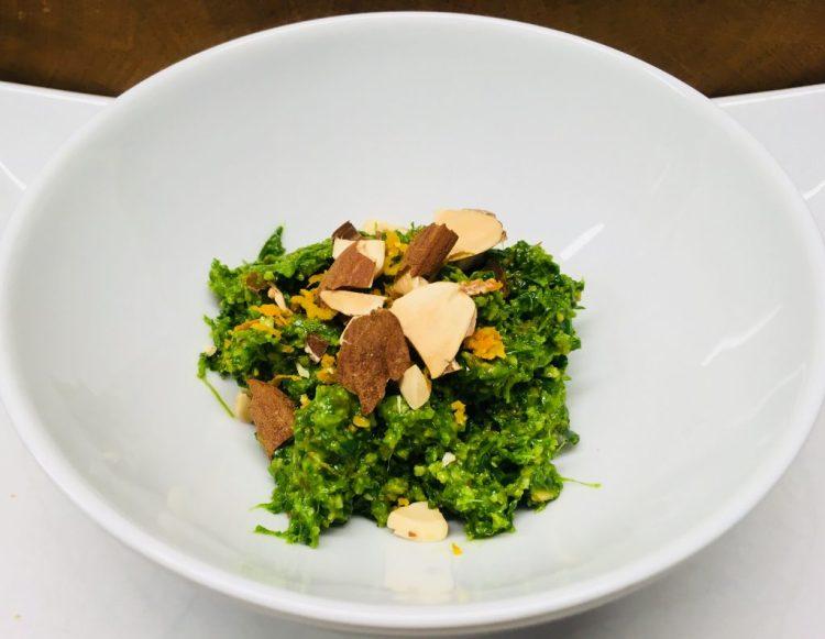Bärlauch Pesto mit Mandeln und Orangen