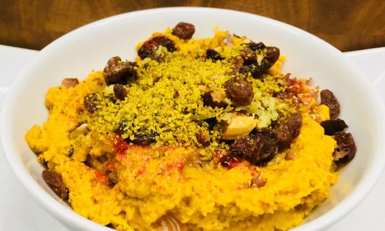 Karotten Hummus mit Ingwer, Rosinen und Pistazien