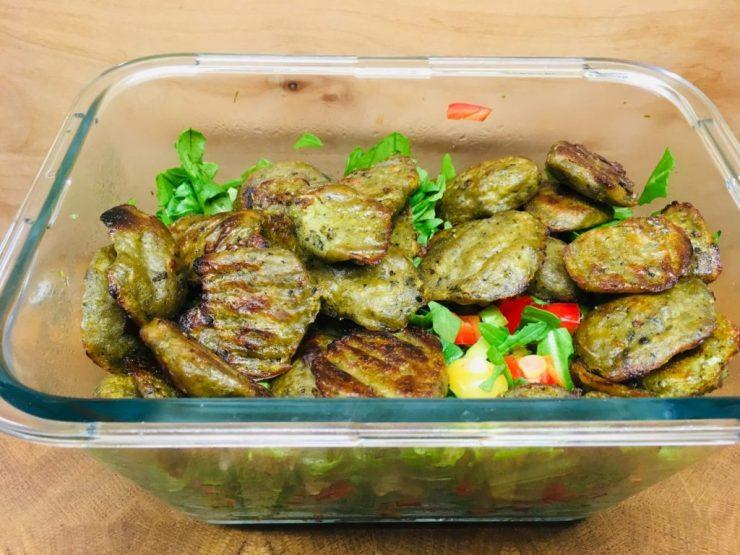 Rucola Salat mit gebratenen Gnocchis