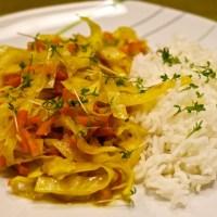 China Weißkraut-Karotte mit Reis und Schoko-Haferflocken-Kekse