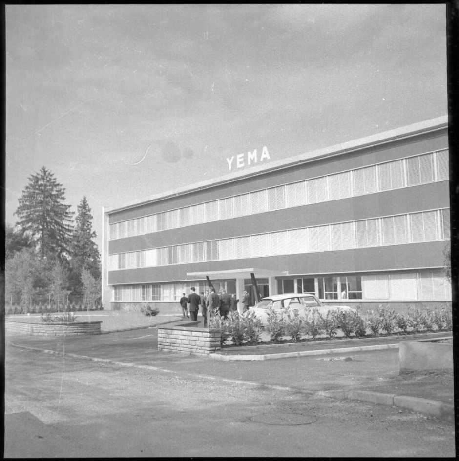 Usine YEMA. Inauguration - Cliché Bernard Faille - l'Est Républicain N°234 sept.1961