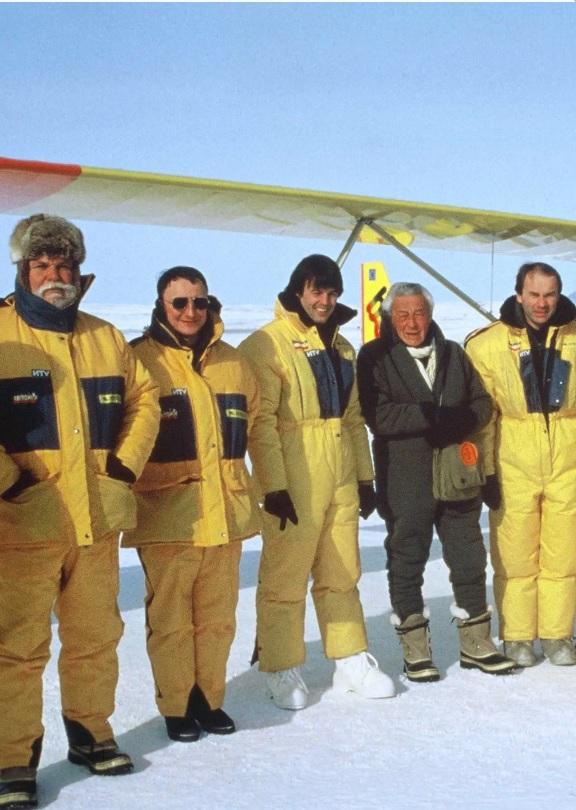 En ULM au pole Nord 1997 Nicolas Hulots , Hubert de Boissonneaux de Chevign