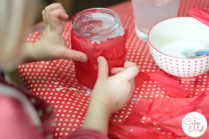 Reindeer Lanterns - 10 Minute Crafts - Tissue Paper