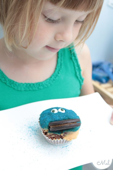 Oreo Peanut Butter Cupcakes - Beanie Proud of her Cookie Monster