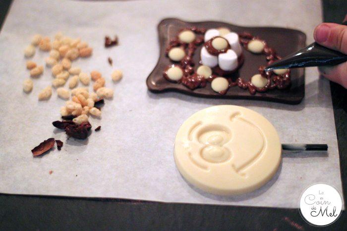Crevette Decorating his Chocolate Bar