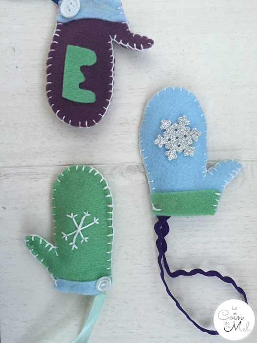 Easy Christmas Crafts - Make a Personalised Mitten Ornament - Takes 10 minutes once you get the gist of it