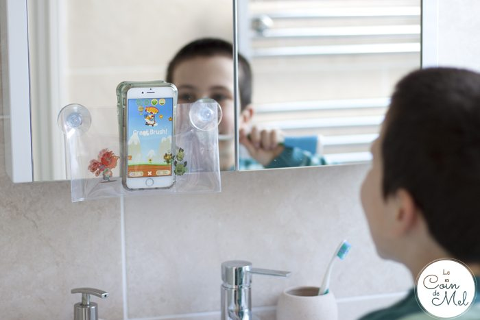 A Review of the Playbrush Toothbrush Game Controller - Unboxing and Demo - Playbrush in Action