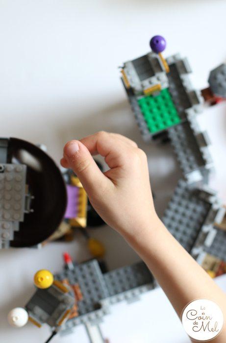 Sunshine, Kinder Bueno Milkshakes, Play Dates & LEGO® - Slide