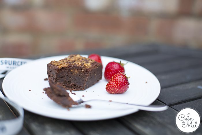 Strawberry Picking & a Picnic with a Difference - Mmmmm Chocolte Moelleux