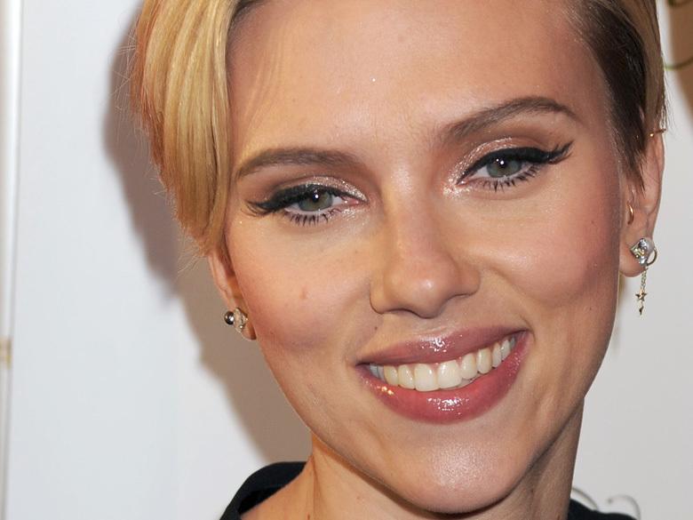 Scarlett Johansson sublime au MMA, le coloriste