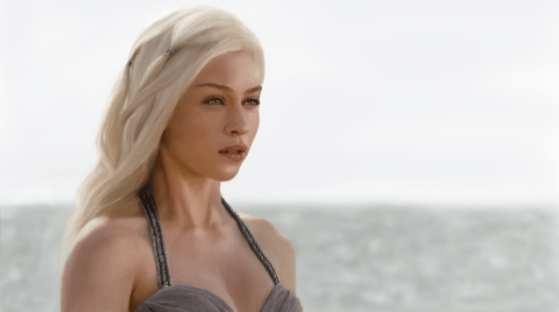 La face cachée d'Emilia Clarke dans Game Of Thrones, le coloriste
