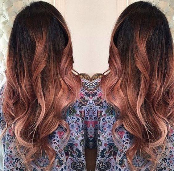 Coloration rose sur cheveux chatain
