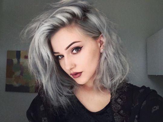 Comment faire une couleur sur cheveux blancs