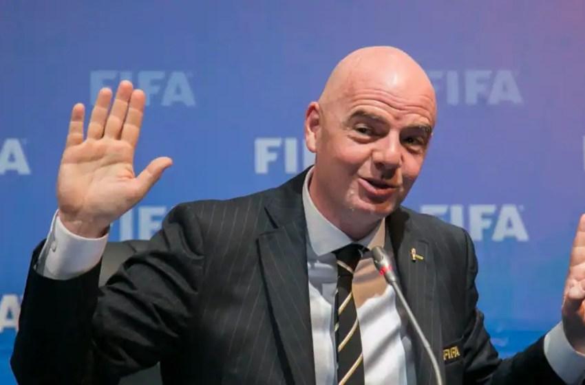 Super Ligue: le chef de la FIFA promet «des conséquences»