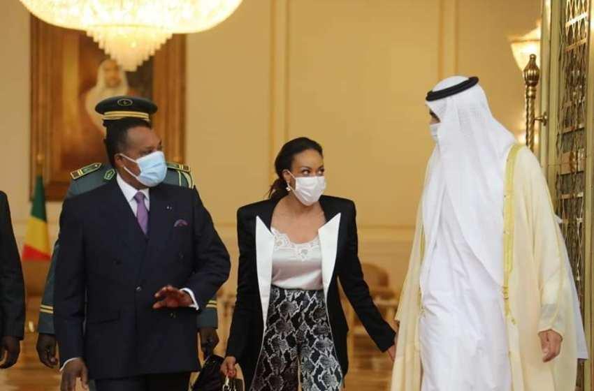 Dubaï : Sassou Nguesso conspué et traité de voleur dictateur par un groupe de jeunes africains