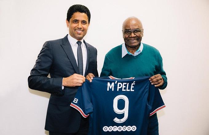 François M'Pelé, invité d'honneur du Paris Saint-Germain à Reims