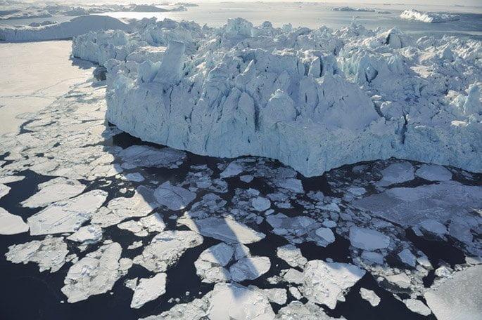 Chasing Ice, un documentario che insegue i ghiacciai