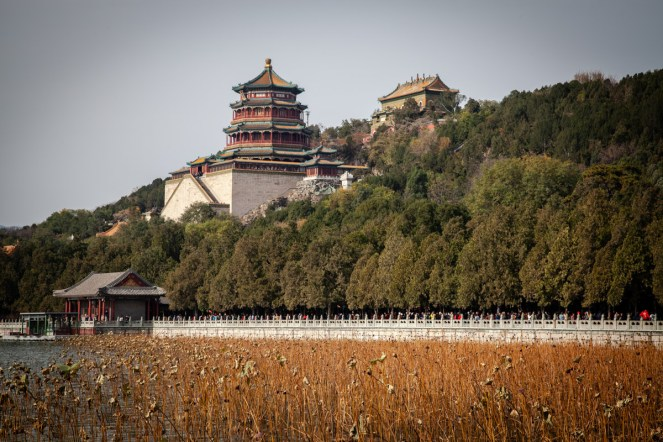 Tower of Buddhism Encence and hall that dispels the clouds