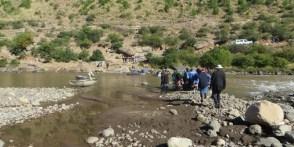 Crossing the Senqu River at Tebellong