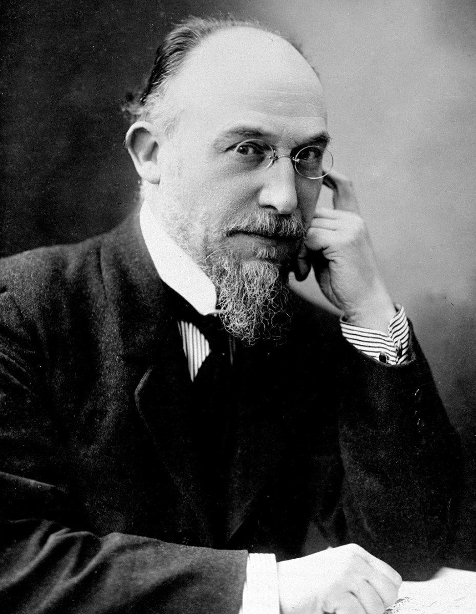 Erik Satie: Pentagramas, emociones, penurias y rebeldía