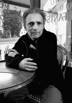 Hanif Kureishi: irreverente, ácido, sincero, crítico, adictivo…