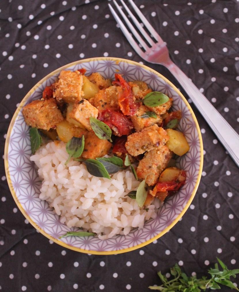 Sauté de courgettes et tofu aux tomates