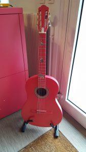 sixieme son guitare rose