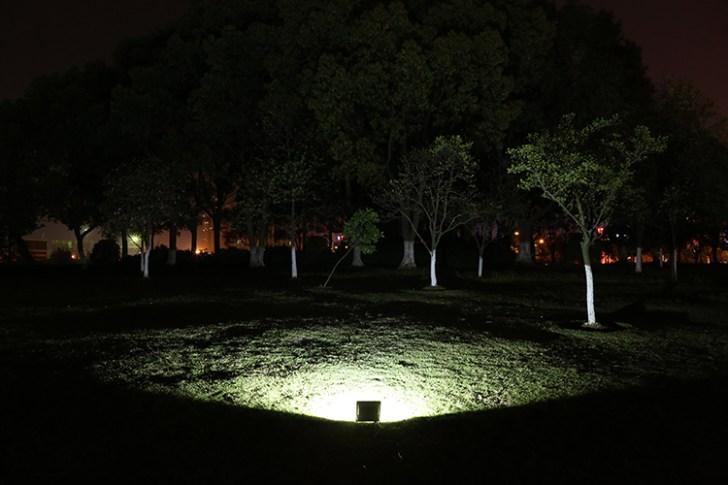 20w投光器点灯写真