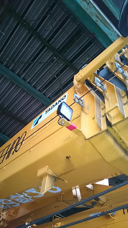 ラフタークレーン・作業灯設置事例