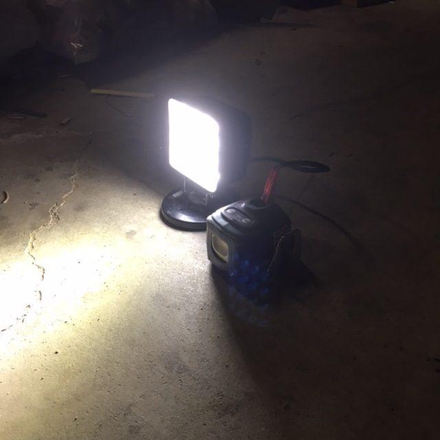 充電式作業灯写真