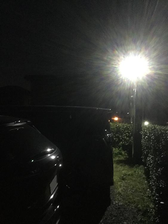20w投光器(センサータイプ)夜間点灯時写真