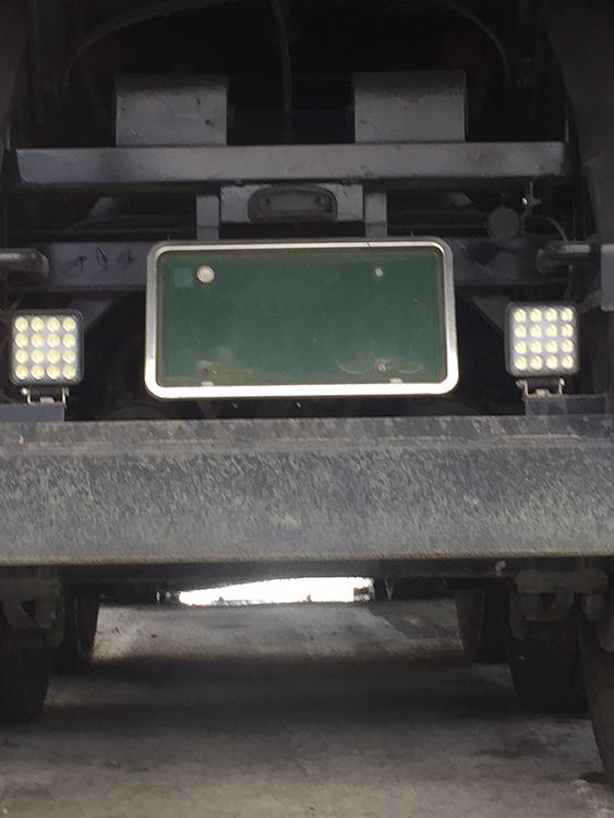 ダンプ作業灯・48w設置事例