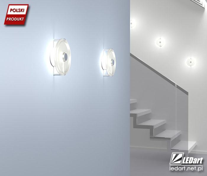 Delikatnie rozproszone światło oświetli korytarz lub klatkę schodową (Lampa LED MOON https://goo.gl/AAj12o)