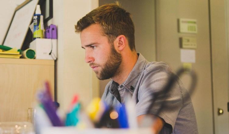 vaincre la timidité au travail
