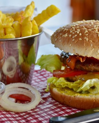 burger and french fries ruins your weight loss results