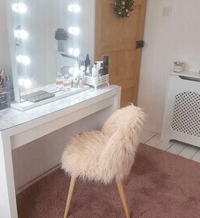 Hollywood Vanity Mirror; DIY looks | ledMirror Blog – GLAMO LED Mirrors India.